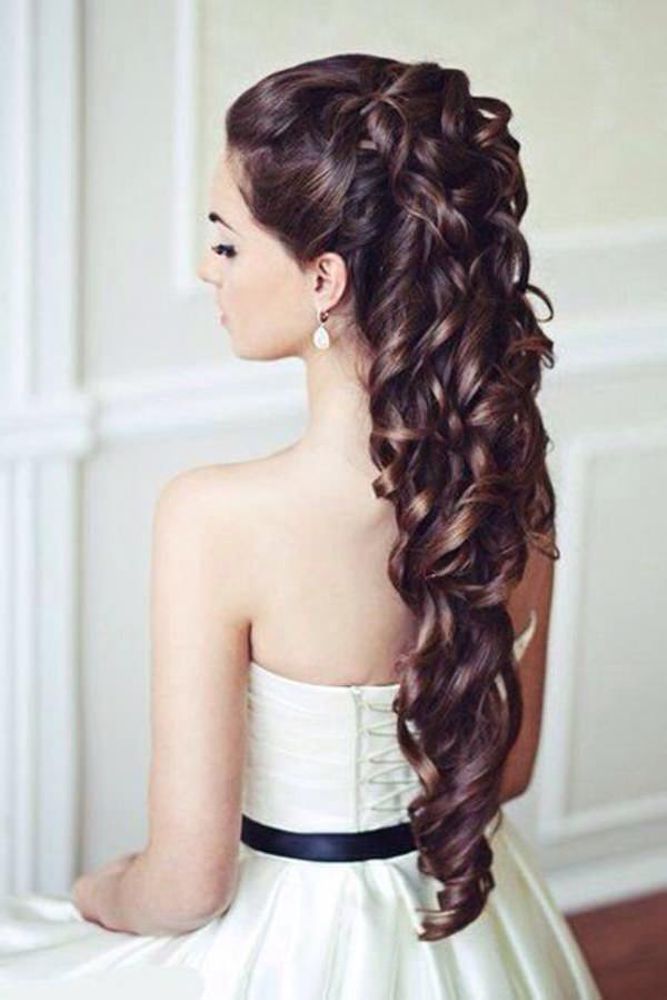 curly hairstyle 16